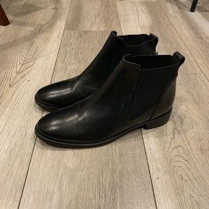 Topshop black Chelsea boots